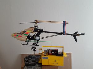 RC Helicopter (gas powered) for Sale in Clovis, CA