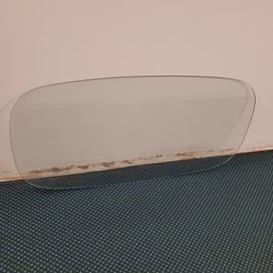 """LARGE (4' L x 2' W x 3/8"""" thick), HEAVY (approx. 35-40 lbs), RACETRACK-SHAPED, TEMPERED-GLASS TABLETOP - firm price for Sale in Arlington, VA"""