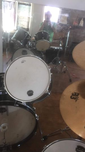 Mapex drum set 2 symbals and kick, complete set super nice. Just moving. for Sale in Salt Lake City, UT
