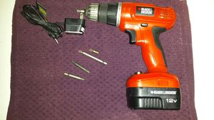 Black and Decker 12 v drill for Sale in Ravenna, OH