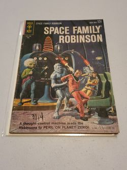 Space Family Robinson #3 Lost In Space, Gold Key Comics 1963 Rare Silver Age Science Fiction Horror Comic Book for Sale in Fresno,  CA