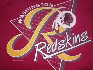 90s vintage Washington Redskins Football shirt for Sale in Newport News, VA