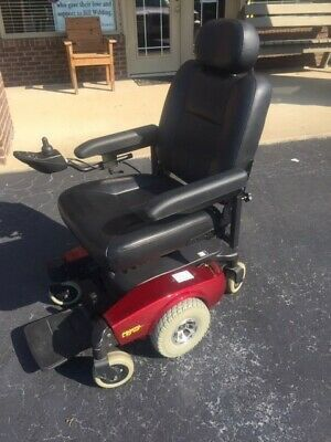 Motorized scooter wheelchair for Sale in Oakland, CA