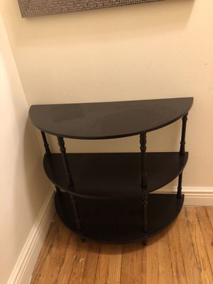 Half-Round Table (Flatiron, NYC) for Sale in Brooklyn, NY