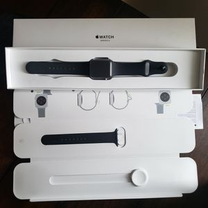 APPLE WATCH SERIES 3 for Sale in Cicero, IL