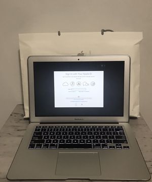 "2017 MacBook Air 13"" i5 8GB 256 SSD excellent condition —-5⭐️⭐️⭐️⭐️⭐️ Seller 👀👈 for Sale in Hialeah, FL"