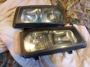 06 Chevy Silverado headlights for Sale in Kingsport, TN