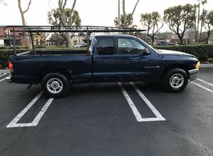 2000 Dodge Dakota Six-cylinder automatic 1850 the price is firm for Sale in Fontana, CA