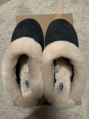 NEW UGG Cluggette Slippers for Sale in Hilliard, OH