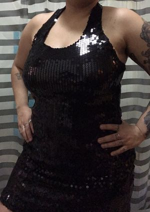 Black sequin halter dress. Women's size medium. for Sale in Salt Lake City, UT