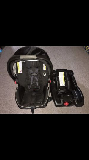 GRACO CLICK CONNECT CARSEAT for Sale in Philadelphia, PA