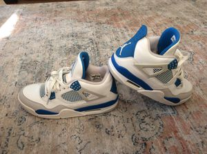 Jordan retro 4's military blue for Sale in Worcester, MA