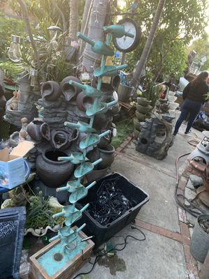 Beautiful fountain for Sale in Maywood, CA
