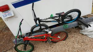 United BMX bike and DK BMX BIKE with brand new tires an grips100$ for Sale in Austin, TX