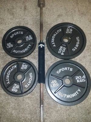 """Olympic 2"""" weights with 7 foot 45lb barbell. 2x45lbs, 2x35lbs. 205lbs total. 2 weight clips and barbell cushion for squats. for Sale in Coconut Creek, FL"""
