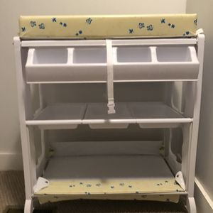 Baby Tub And Changing Table for Sale in Haverford, PA