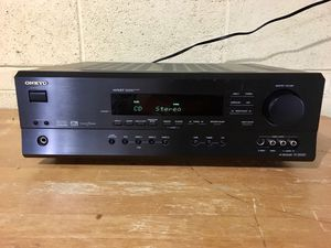 ONKYO TX-SR500 A/V Receiver it's available pick up Skokie IL for Sale in Skokie, IL