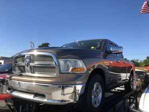 2010 Dodge Ram 1500 SLT Pickup 6 1/2 Ft for Sale in Miami, FL