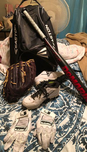 softball gear for Sale in North Richland Hills, TX