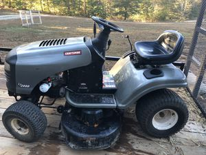 "Craftsman 42"" Lawn Tractor for Sale in Douglasville, GA"