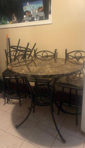 Breakfast table for Sale in North Bergen, NJ