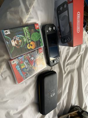 Switch lite like new used twice plus extras price firm!!! for Sale in Peoria, AZ
