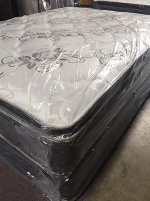 New Queen orthopedic pillow top mattress and box for Sale in Fresno, CA