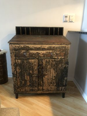 Storage unit/ desk for Sale in Chicago, IL