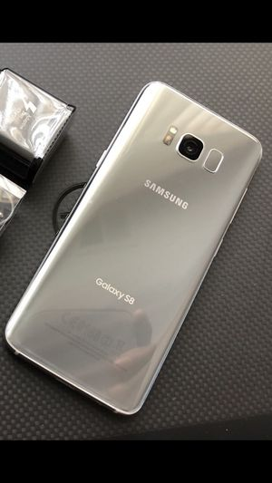 Samsung Galaxy s8 Excellent condition Factory Unlocked clean IMEI for Sale in Springfield, VA