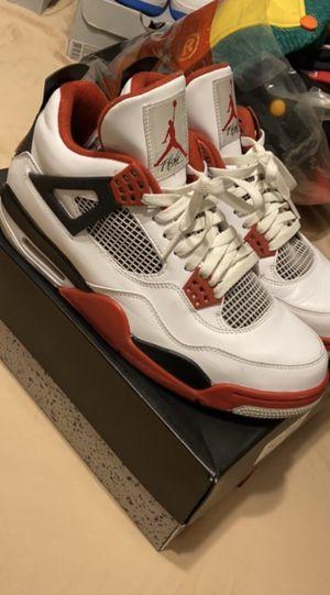 Jordan Retro 4 Fire Red for Sale in Wood Dale, IL