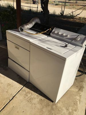 Whirlpool washer & dryer. Heavy Duty !!! for Sale in Perris, CA