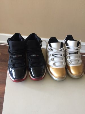 Jordan 11s OG breds size 8.5 condition 9/10 $200 and the gold whites size 8.5 condition 8/10 $150 for Sale in Detroit, MI