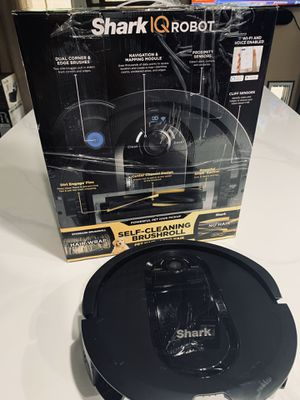 Shark IQ Robot Vacuum Cleaner for Sale in Las Vegas, NV