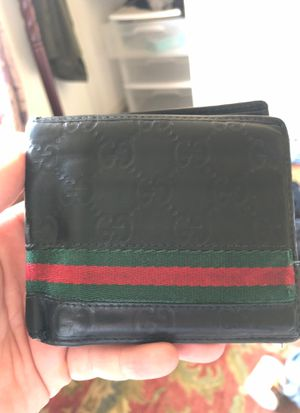 Gucci wallet for Sale in Fremont, CA