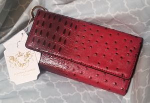 Vegan leather ostrich print cell phone wallet for Sale in Lombard, IL