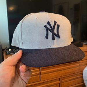 New York Yankees Hat for Sale in Highland, CA