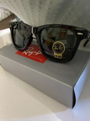 Ray-Ban RB2140 Wayfarer Classic bright Black Sunglasses new 100% UV protection comes with carry case, dust cloth, and tags. for Sale in City of Industry, CA
