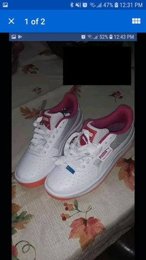 New Woman Puma Shoes for Sale in Yakima, WA