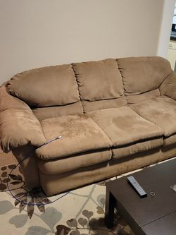 Matching Couch And Love Seat for Sale in Happy Valley,  OR