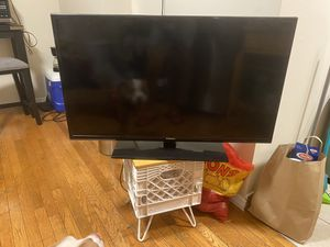Samsung tv for Sale in Mount Vernon, NY