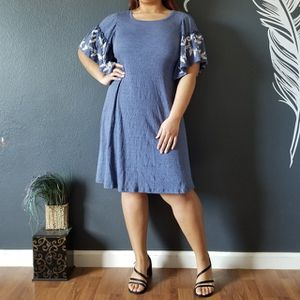 Spense Winged Dress SHIPPING ONLY, NO PICK UP for Sale in Las Vegas, NV