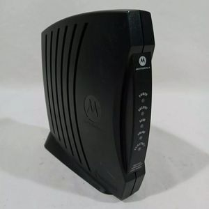Motorola Surfboard SB5101U Cable Modem for Sale in Independence, OH
