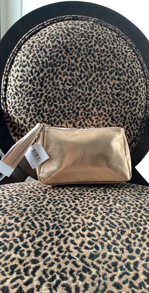 FOR SALE NORDSTROM BEAUTY BAG for Sale in Colesville, MD