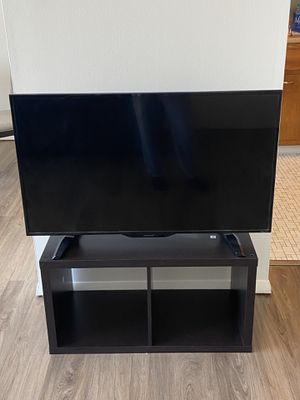 TV with stand for Sale in Ithaca, NY