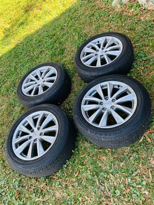 INFINITI Q50 OEM Wheels and Tires for Sale in Fort Washington, MD