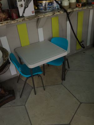 TABLE SET PLASTIC WITH TWO CHAIRS FOR CHILDREN FOR HOME OR DAYCARE for Sale in Lake Worth, FL