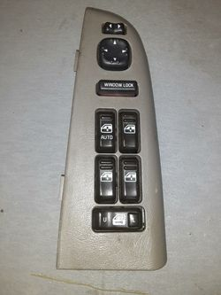 2000 - 2002 Chevy Tahoe Master power window switch $23 for Sale in Fullerton,  CA