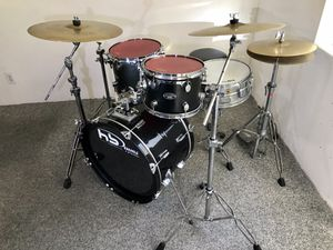 """PDP FS series Tim drum set black TAMA Swingstar snare matching Tama cymbals PDP throne & bass pedal 22"""" bass $400 in Newport Beach 92663 for Sale in Newport Beach, CA"""