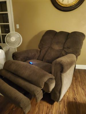 Big Boy Electronic Recliner for Sale in Canton, MI