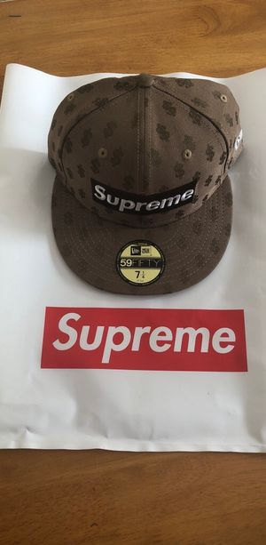 Supreme Monogram Box Logo fitted hat for Sale in Mastic Beach, NY